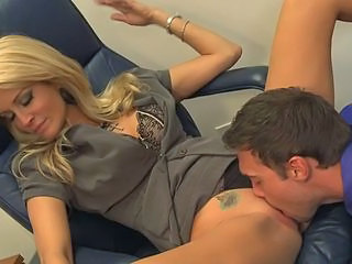 Hot blonde secretary Jessica Drake fucked