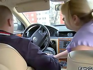 Sexy BBW gives head in the car then gets fucked