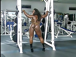 Sexy Muscled Bodybuilder Woman 2 - No Sound