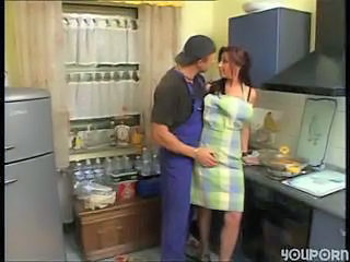 Farmers Wife Has Some Goods In T...
