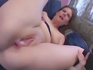 Amateur fuck with a hot Asian girlfriend