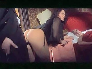 Brunette Anal in Train