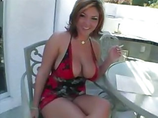 Curvaceous nymph Claire Dames loves sucking cock