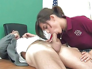 Teen slut Heather Vahn gets a warm and fat man's meatpole inside her throat.