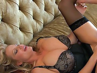 Big titty babe Kelly Madison loves a huge cock in mouth