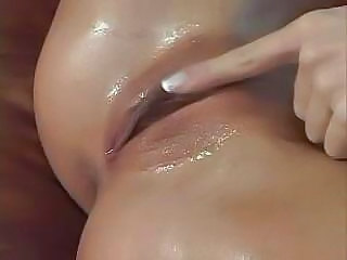 Amazing Fisting And Squirting