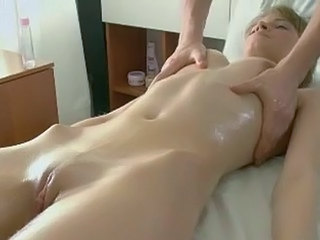 Masseur Using Sex Toys On Babe...