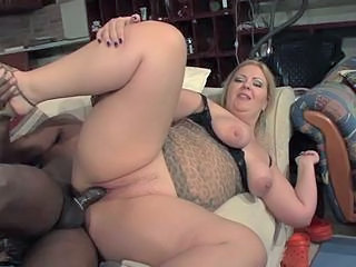 fat amateur whore huge cunt farting while getting fucked