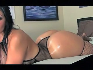 Hottest Big Booty Curvy Girl -...
