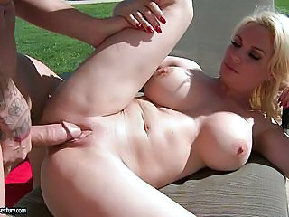 Diamond Foxxx Gets Her Pussy Stabbed By A Monster Rod She Truly Enjoys