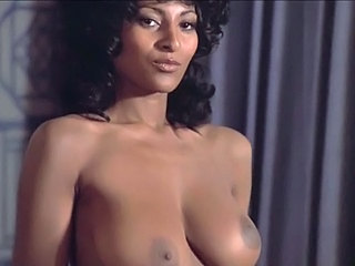 Pam Grier Coffy compilation (...