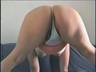 22-4- MEXICAN WIFE BUBBLE BUTT AND HAIRY PUSSY