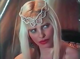 Cicciolina shows how to do it _: blondes pornstars vintage