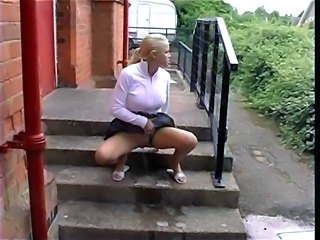 Blond British Big Tit Teen Peeing Collection - Outdoor
