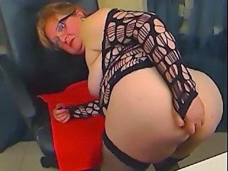 Granny Cam perform some anal