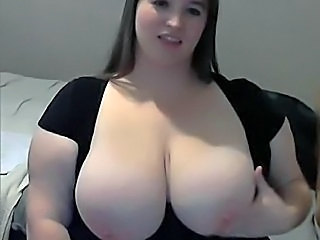 fat milf with large breast masturbating on webcam