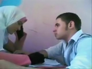 arabic student showing at home for bf