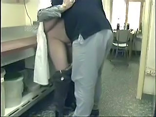 "Ooohhh Mummy ! You Really Kinky !! Hidden Cam"" class=""th-mov"