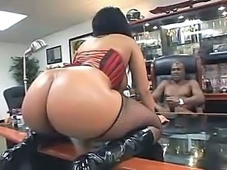 Big Assed Black Girl Pounded in Corset and Boots