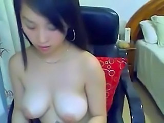 hottest chinese babe to eat