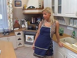 Housewife Fantasy Sandra - Hardcore sex video -