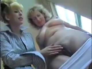 Lesbian Mature Pussy SaggyTits