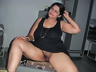 Amateur Chubby Hairy Indian Mature