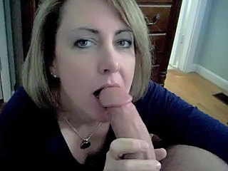 Amateur Blowjob Homemade  Mom Pov