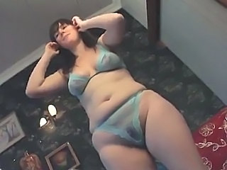 Amateur Chubby Dancing Lingerie  Natural