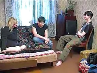 Amateur Family Homemade Mom Old and Young Russian Threesome