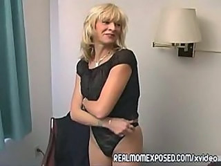 Amateur Blonde Mature Mom Stripper