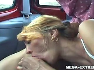 Amateur Blowjob Car