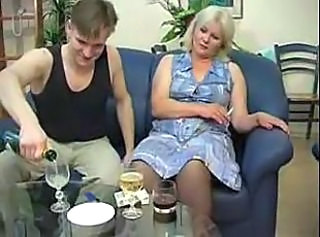Amateur Drunk Mature Mom Old and Young