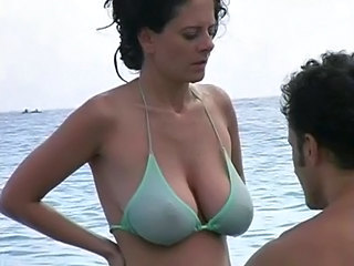 Beach Big Tits Bikini  Natural Outdoor
