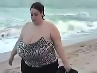 Beach Big Tits  Outdoor