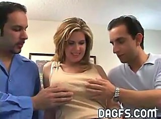 Amateur  Threesome Wife