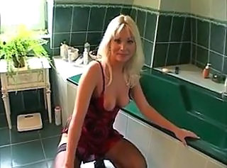 Bathroom Blonde