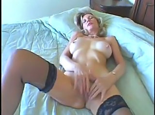 Amateur Homemade Masturbating Mature Stockings