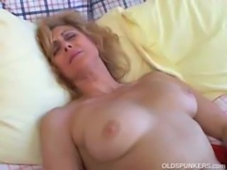 Amateur Mature Sleeping