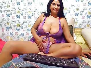 Big Tits Chubby Latina Lingerie Masturbating  Natural Solo Webcam