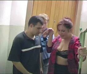 Amateur Mature Mom Old and Young Russian Threesome