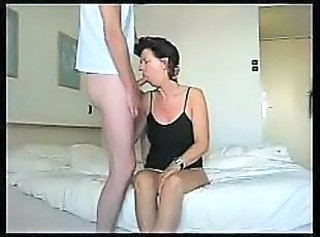 Amateur Blowjob Mature Mom Old and Young
