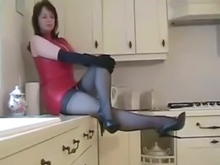 Kitchen Latex Mature Stockings