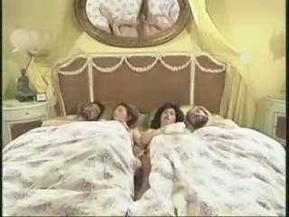 Groupsex Sleeping Swingers Wife