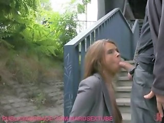 Blowjob Clothed  Outdoor