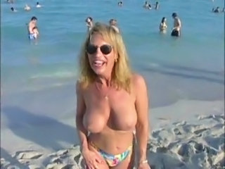 Amateur Beach Big Tits  Outdoor Public