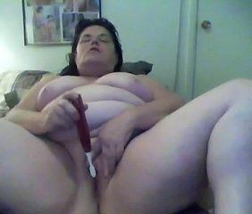 Masturbating Mature Toy Webcam