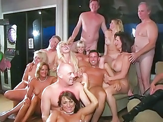 Groupsex Mature Orgy Swingers Wife