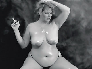 Chubby Mature Oiled Smoking