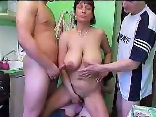 Amateur Big Tits Chubby Gangbang Kitchen Mature Mom Natural Old and Young Russian